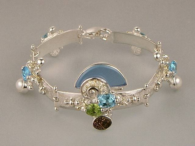 Visit my website to see this bracelet http://www.designerartjewellery.com/bracelets Gregory Pyra Piro One of a Kind Original #Handmade #Gold and #Sterling #Silver #Bracelet 8040