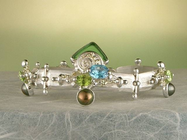 Visit my website to see this bracelet http://www.designerartjewellery.com/bracelets Gregory Pyra Piro One of a Kind Original #Handmade #Gold and #Sterling #Silver #Bracelet 2940