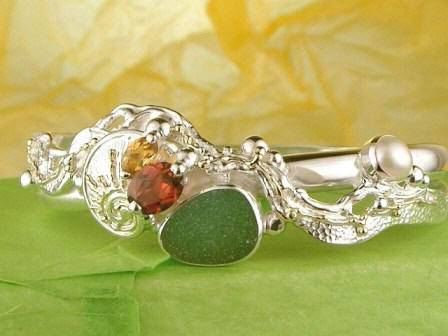 Gregory Pyra Piro One of a Kind Bracelet 3320 in Sterling Silver and 18 Karat Gold with Citrine, Garnet, and Seaglass