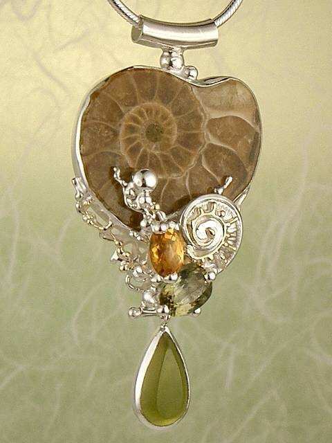 Original Handmade by Artist Designer Maker, Gregory Pyra Piro One of a Kind Original #Handmade #Sterling #Silver and #Gold, Jewellery in #London, #Art Jewellery, #Jewellery Handcrafted by #Artist, #Tourmaline #Pendant #2523