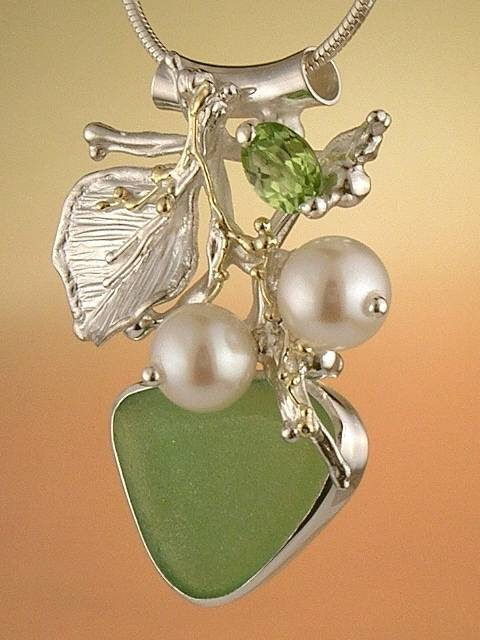 Original Handmade, Silver and Gold, Pearl, Peridot, Seaglass, Pendant with Seaglass 1846