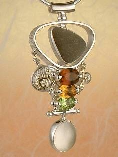 Original Handmade by Artist Designer Maker, Gregory Pyra Piro One of a Kind Original #Handmade #Sterling #Silver and #Gold, Jewellery in #London, #Art Jewellery, #Jewellery Handcrafted by #Artist, #Pendant 4632
