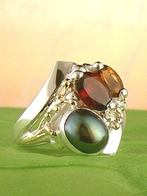 Original Handmade by Artist Designer Maker, Gregory Pyra Piro One of a Kind Original #Handmade #Sterling #Silver and #Gold, Jewellery in #London, #Art Jewellery, #Jewellery Handcrafted by #Artist, #Ring 3862