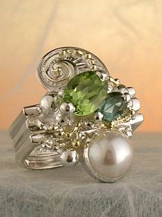 Follow us, Join us on Facebook, and visit http://www.designerartjewellery.com, Gregory Pyra Piro One of a Kind Handmade Jewellery in London in Silver and Gold, Bespoke Jewellery with Semi Precious Stones, #Peridot and Blue Topaz #Ring 3843