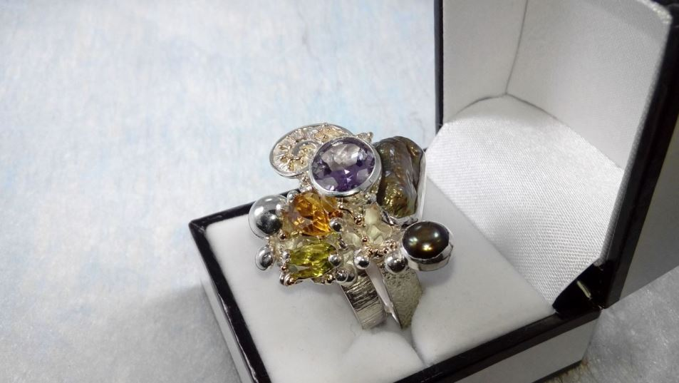 Ring #1565, sterling silver, gold, peridot, citrine, amethyst, pearls, original handmade, one of a kind jewellery, art jewellery, Gregory Pyra Piro