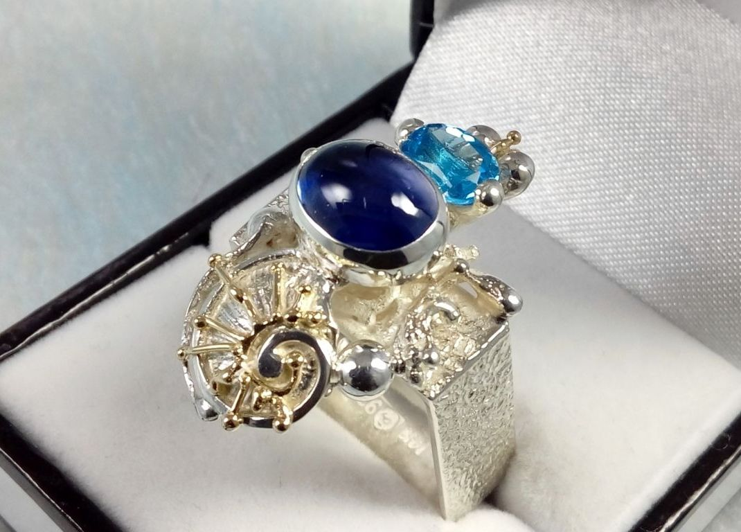 Ring #1625, sterling silver, gold, amethyst, blue topaz, original handmade, one of a kind jewellery, art jewellery, Gregory Pyra Piro
