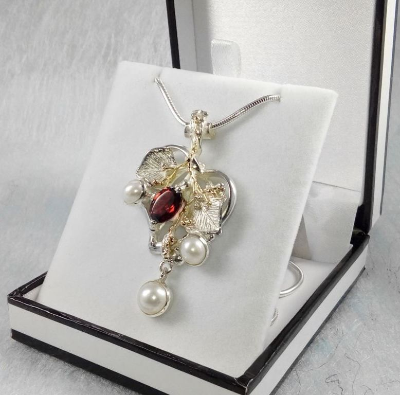 Heart Pendant #4387, sterling silver, gold, garnet, pearls, original handmade, one of a kind jewellery, art jewellery, Gregory Pyra Piro