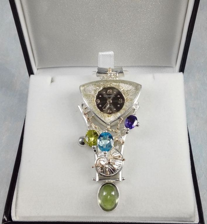 Pendant with Watch Movement #749361, sterling silver, gold, peridot, blue topaz, amethyst and, fluorite, original handmade, one of a kind jewellery, art jewellery, Gregory Pyra Piro