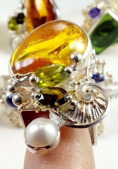 original maker's handcrafted jewellery, gregory pyra piro ring 84942, sterling silver and 14 karat gold, amber, peridot, green tourmaline, pearl, fine craft gallery jewellery for sale, art and craft gallery artisan handcrafted jewellery for sale, jewellery with ocean and seashell theme