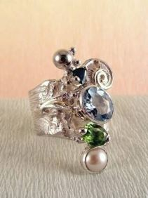 Follow us, Join us on Facebook, and visit http://www.designerartjewellery.com, Gregory Pyra Piro One of a Kind Handmade Jewellery in London in Silver and Gold, Bespoke Jewellery with Semi Precious Stones, #Peridot and Blue Topaz Band #Ring 1441