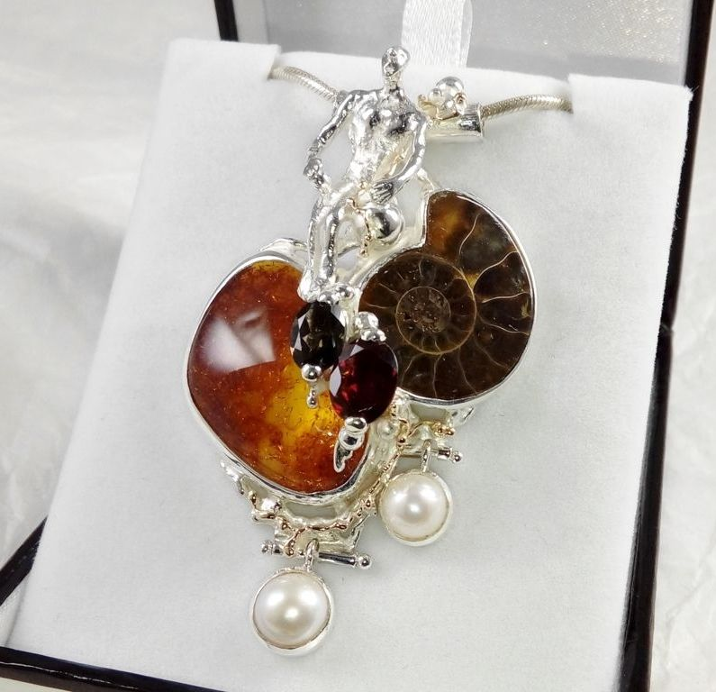 Pendant #68375, time traveler, sterling silver and 14 karat gold, amber, ammonite, garnet, green tourmaline, pearls, original handmade, one of a kind jewellery, art jewellery, Gregory Pyra Piro