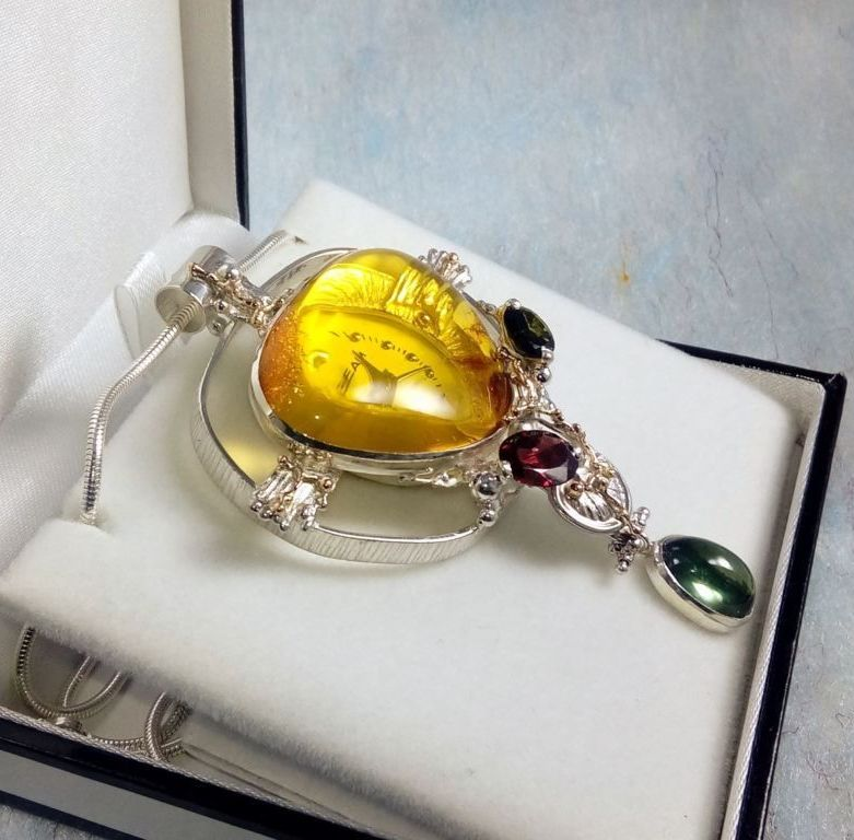 Pendant with Watch Movement #837264, sterling silver, gold, amber, fluorite, garnet, and green tourmaline, original handmade, one of a kind jewellery, art jewellery, Gregory Pyra Piro
