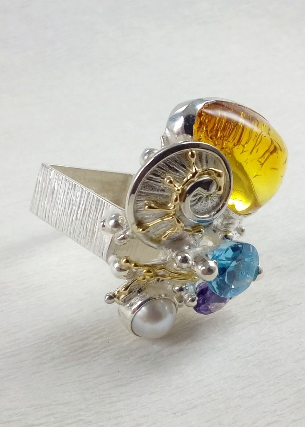 gregory pyra piro, square ring #4822, sterling silver and 14 karat gold ring, ring with amethyst and blue topaz, ring with blue topaz and amber, ring with amethyst and amber, one of a kind handcrafted ring, original handcrafted jewellery